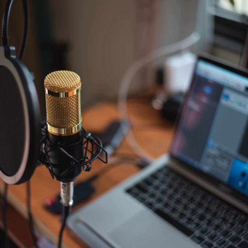 microphone-close-up-studio.jpg